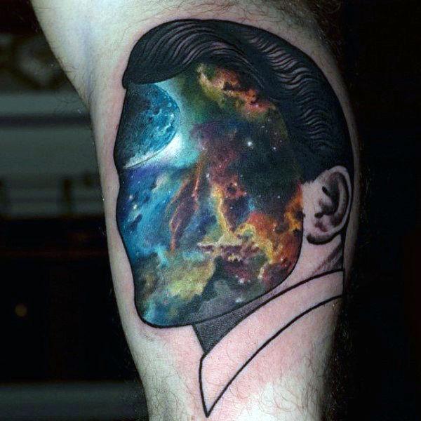 tatuaje universo
