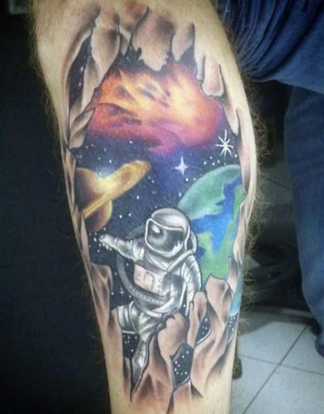 tatuaje de astronauta
