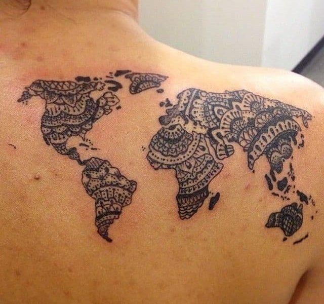Tatuaje mapamundi mandala