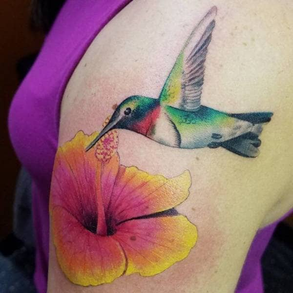 Tatuajes de colibrí