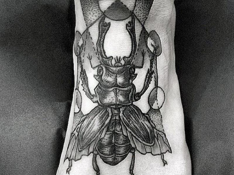 tatuaje escarabajo (8)